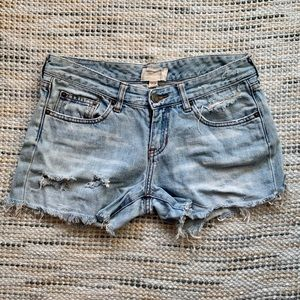 A&F distressed shorts